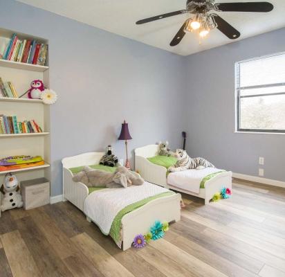 lampa-sufitowa-w-pokoju-dziecka-1